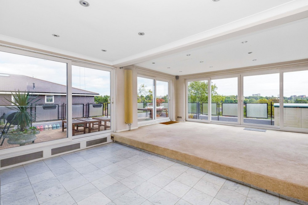 View Full Details for Park Hill Road, Bromley, Kent
